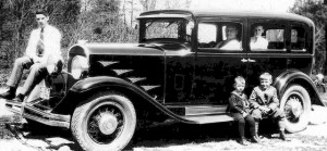Freemans_and_big_old_car
