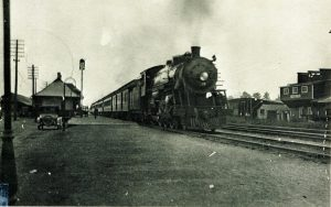 freeman-train-station-with-one-of-the-last-steam-locomotives-to-stop-there_6549268505_o